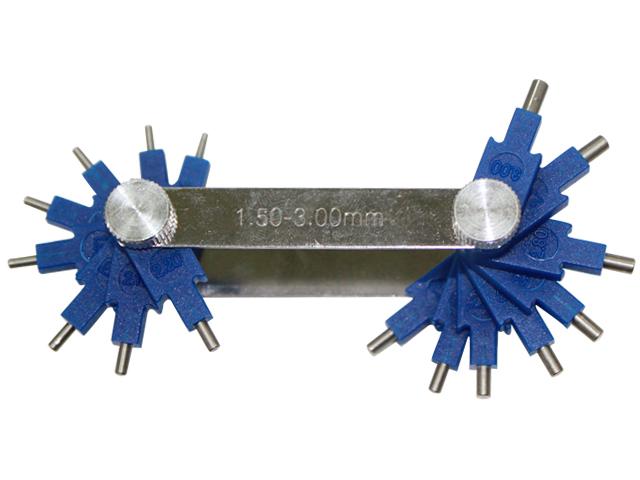 Carburetor nozzle cleaning tool set